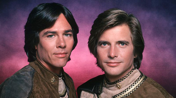 Hatch with co-star Dirk Benedict as Lieutenant Starbuck.